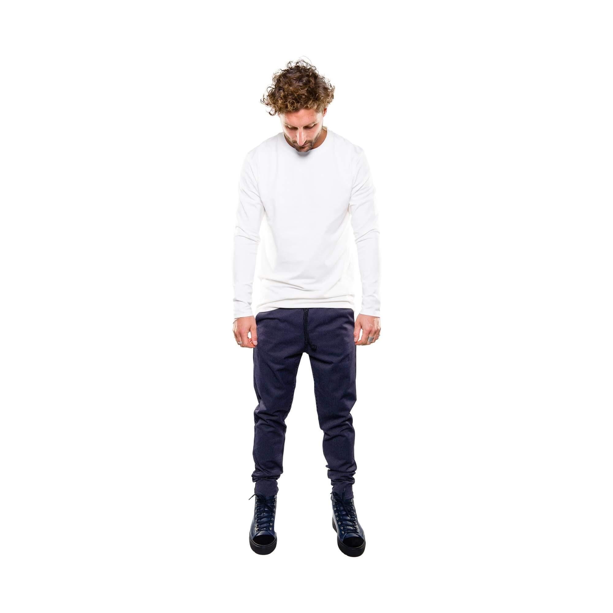Punto pants blauw krijtstreep- outfit