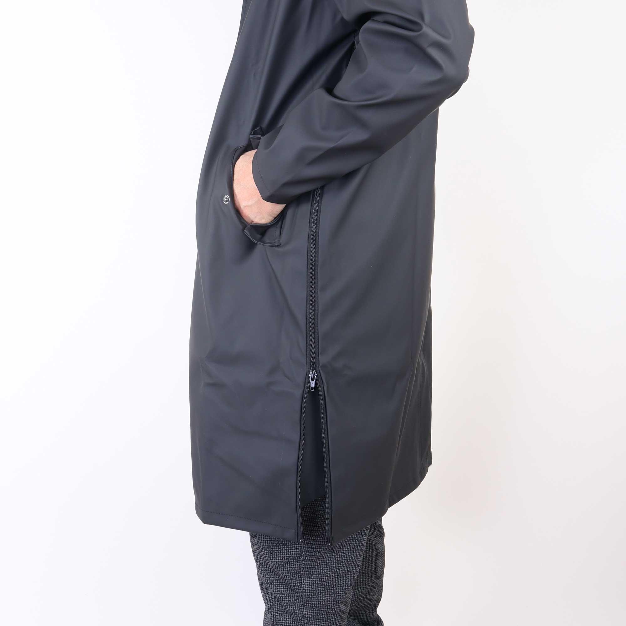rain-zwart-2