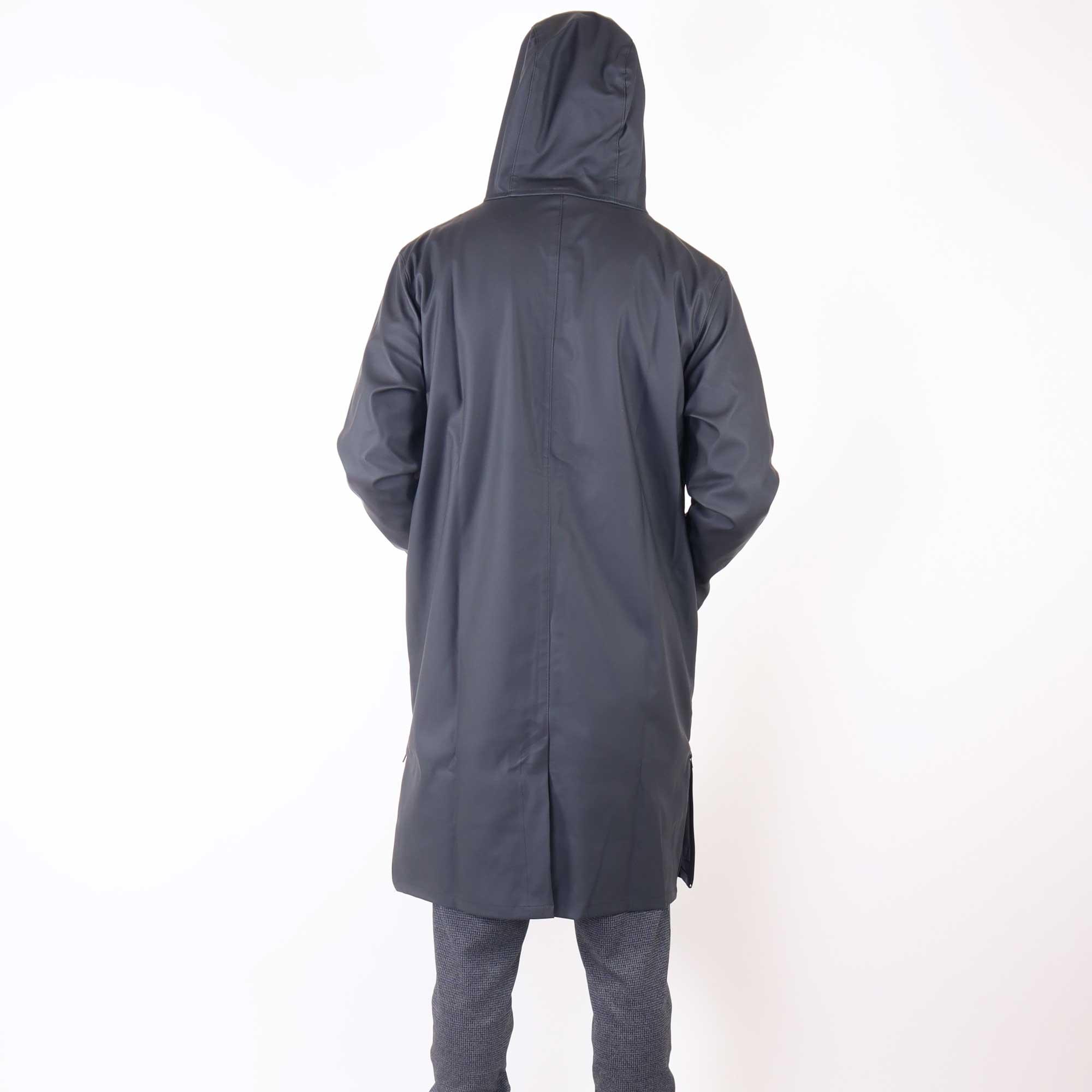 rain-zwart-3