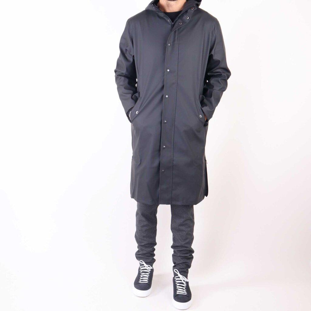 rain-zwart-5