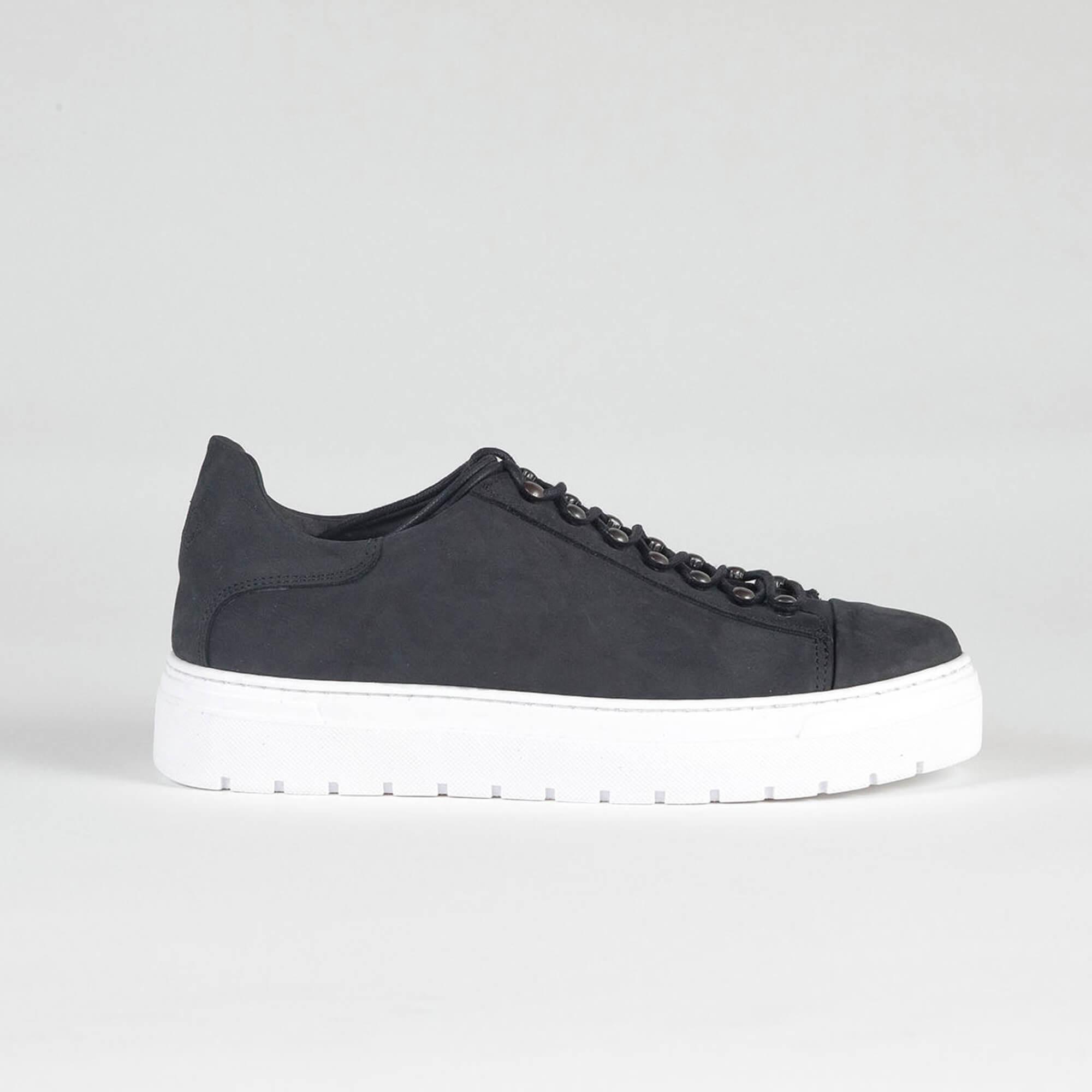 sneakers low black side