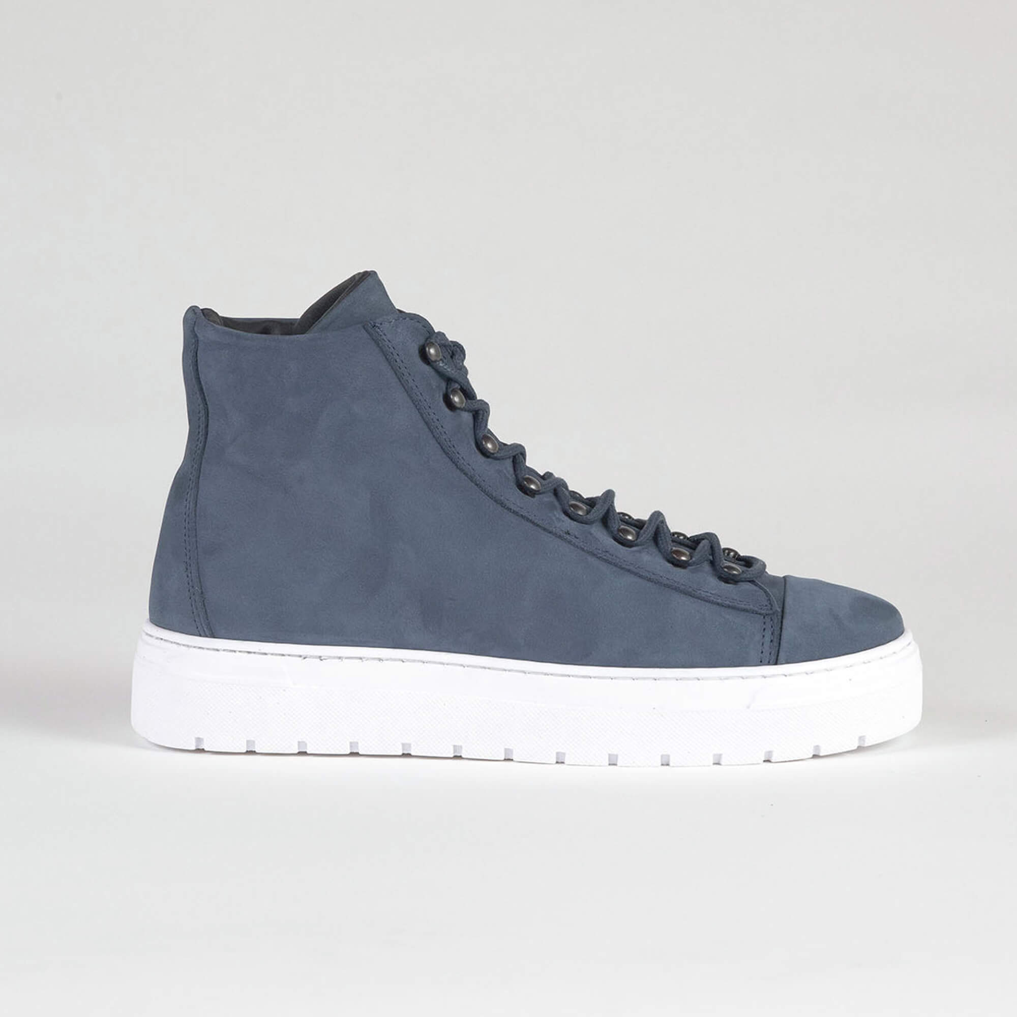 sneakers high blue side