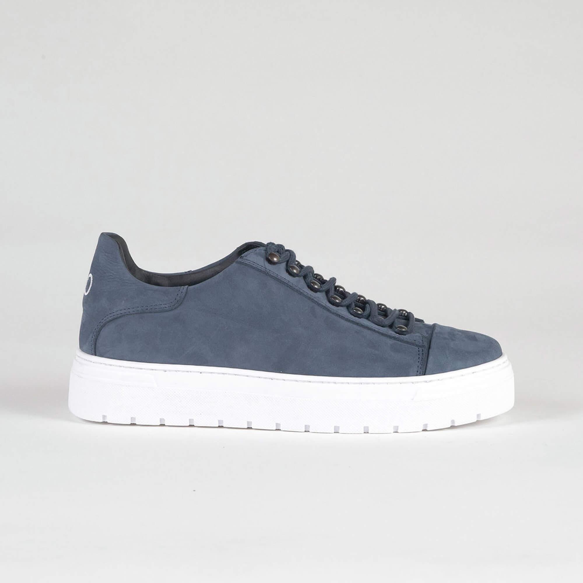 sneakers low blue side