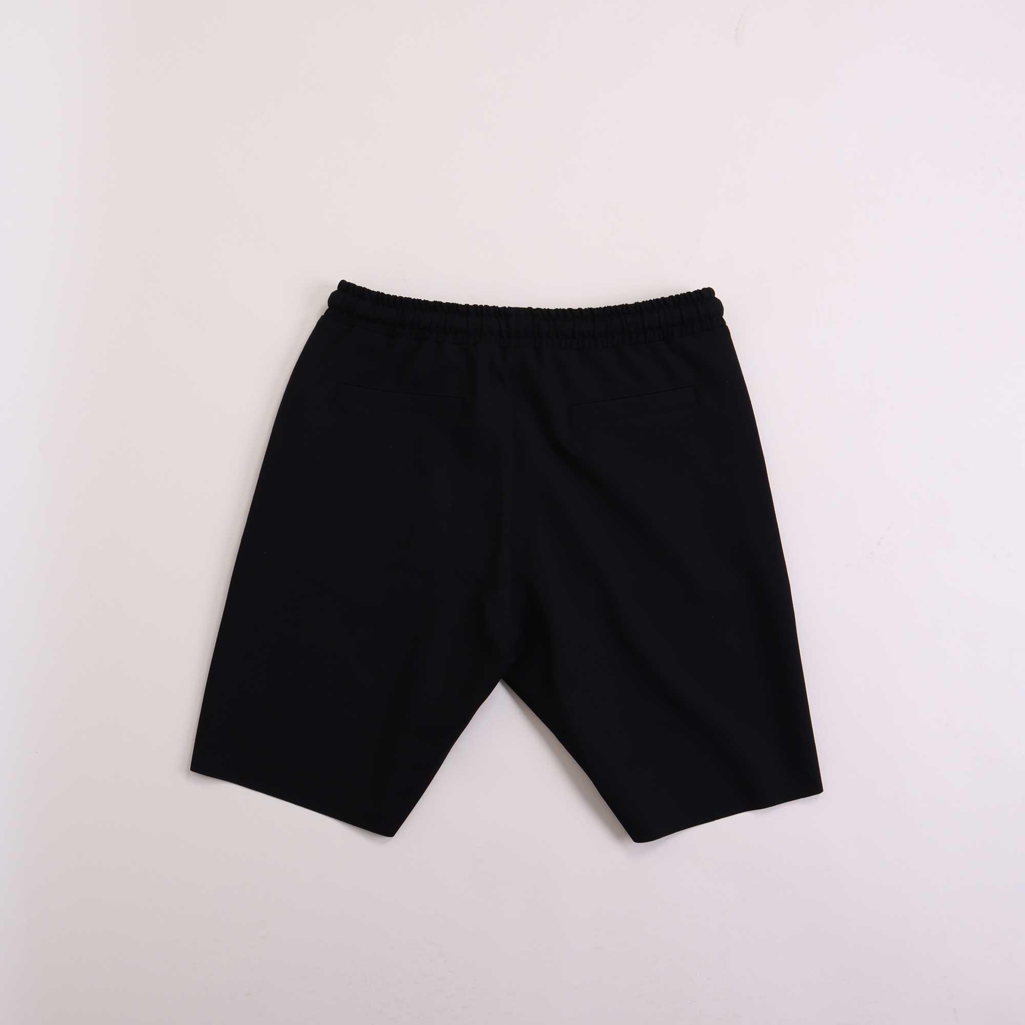 shorts-punto-zwart-2