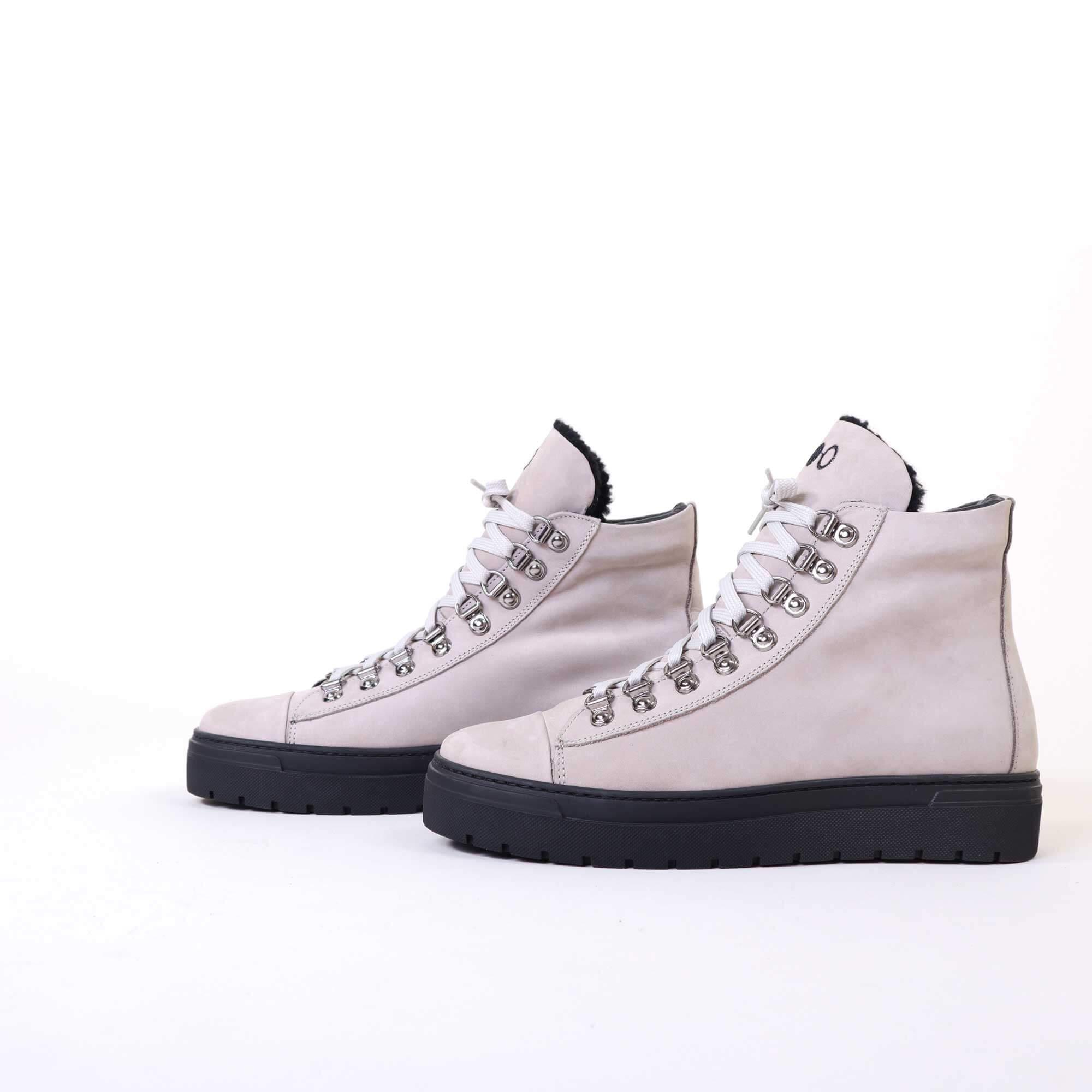 sneakers-h-grey-2