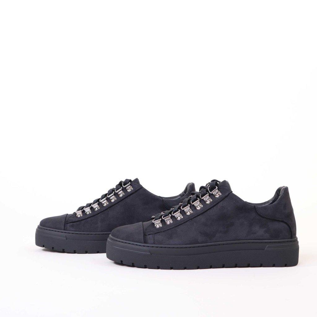 sneakers-l-zwart-2