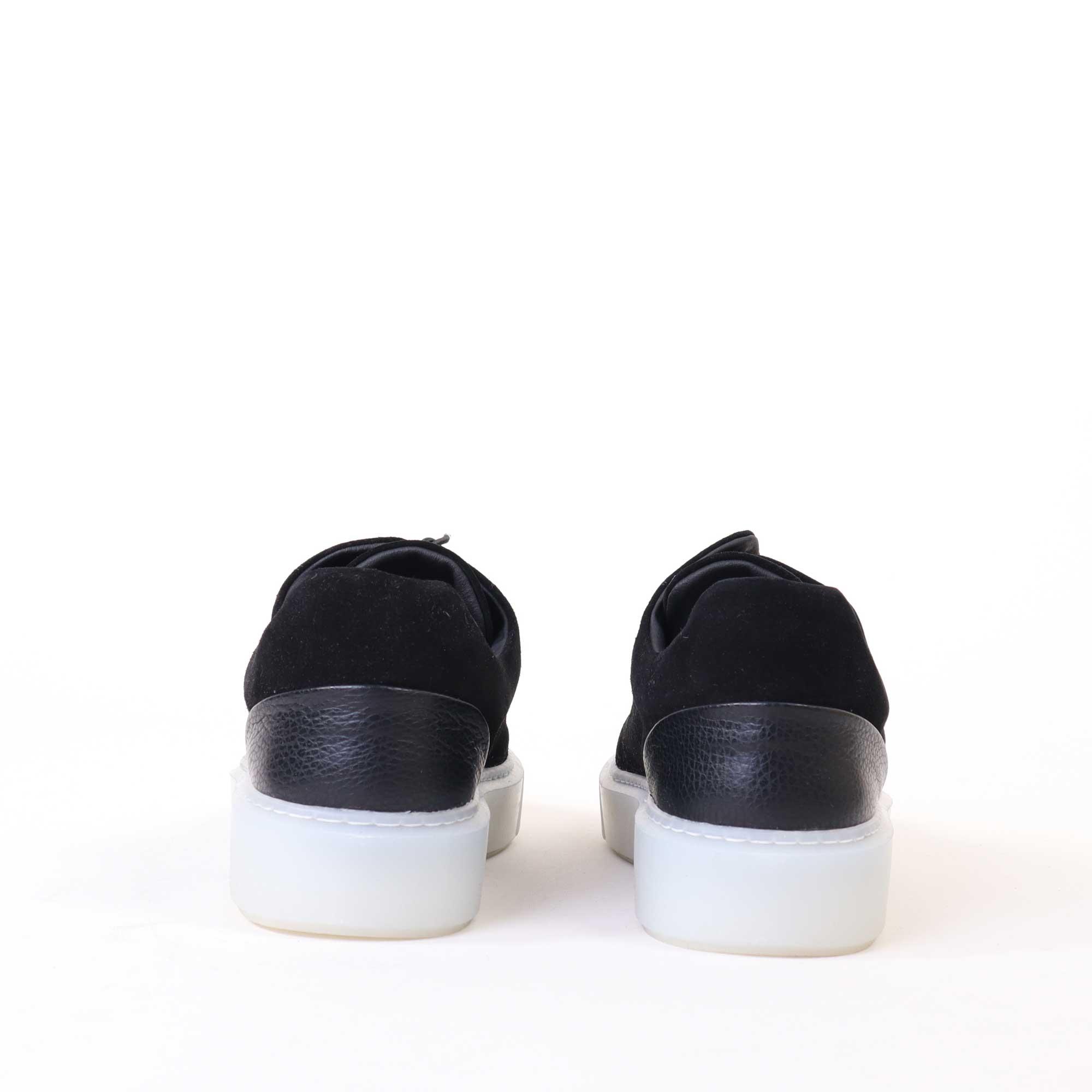 sneakers-zwart-4