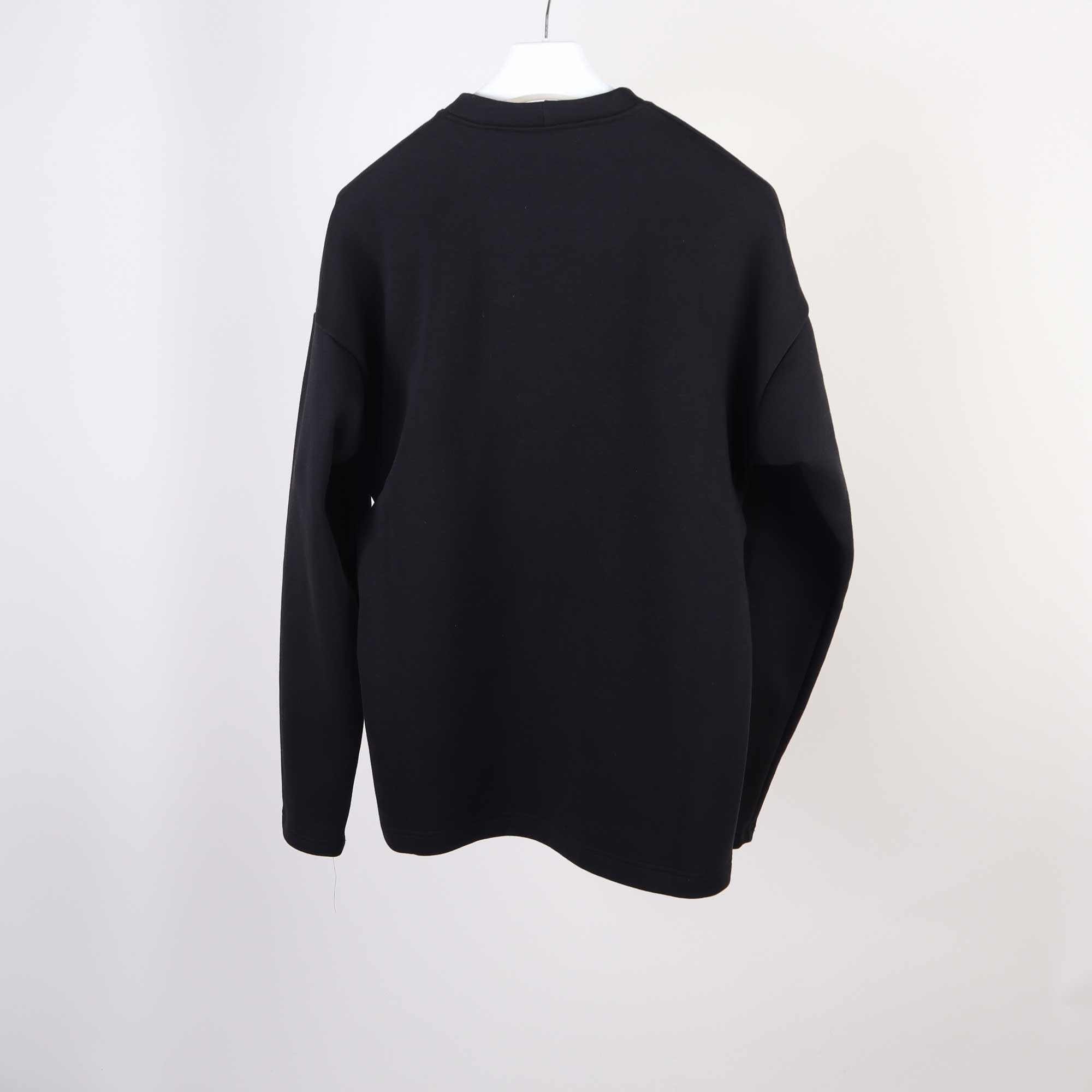 pro-sweater-zwart-1