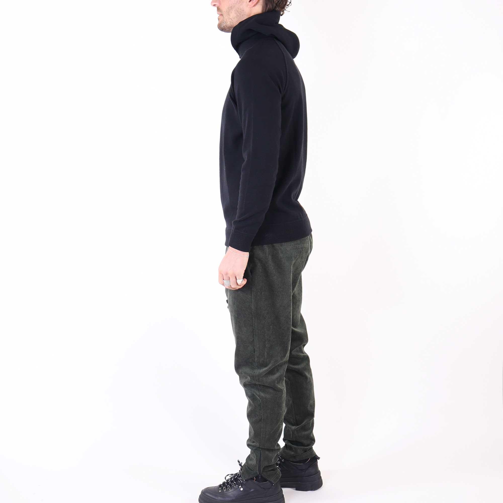 hoodie-wool-zwart-3
