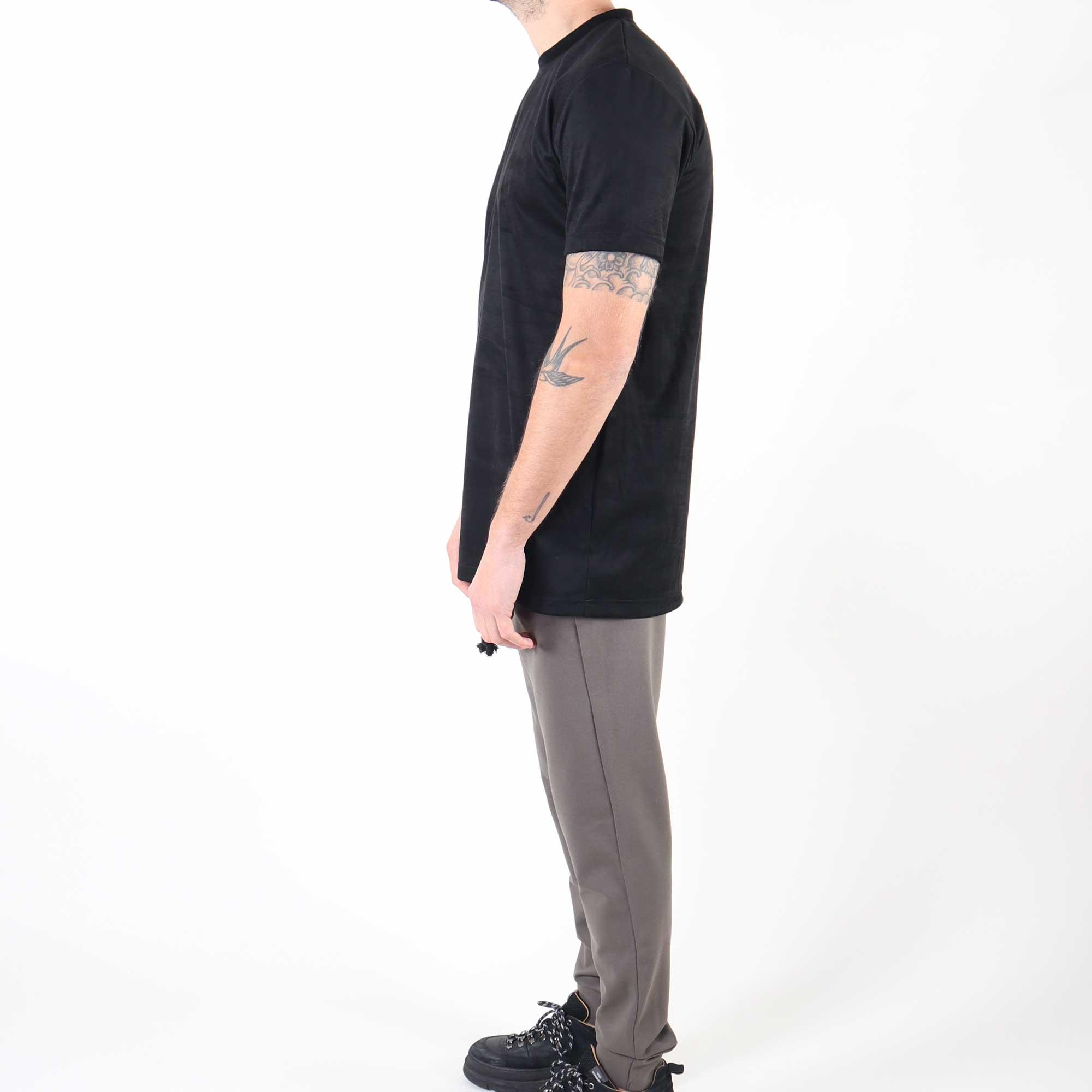 suede-zwart-4
