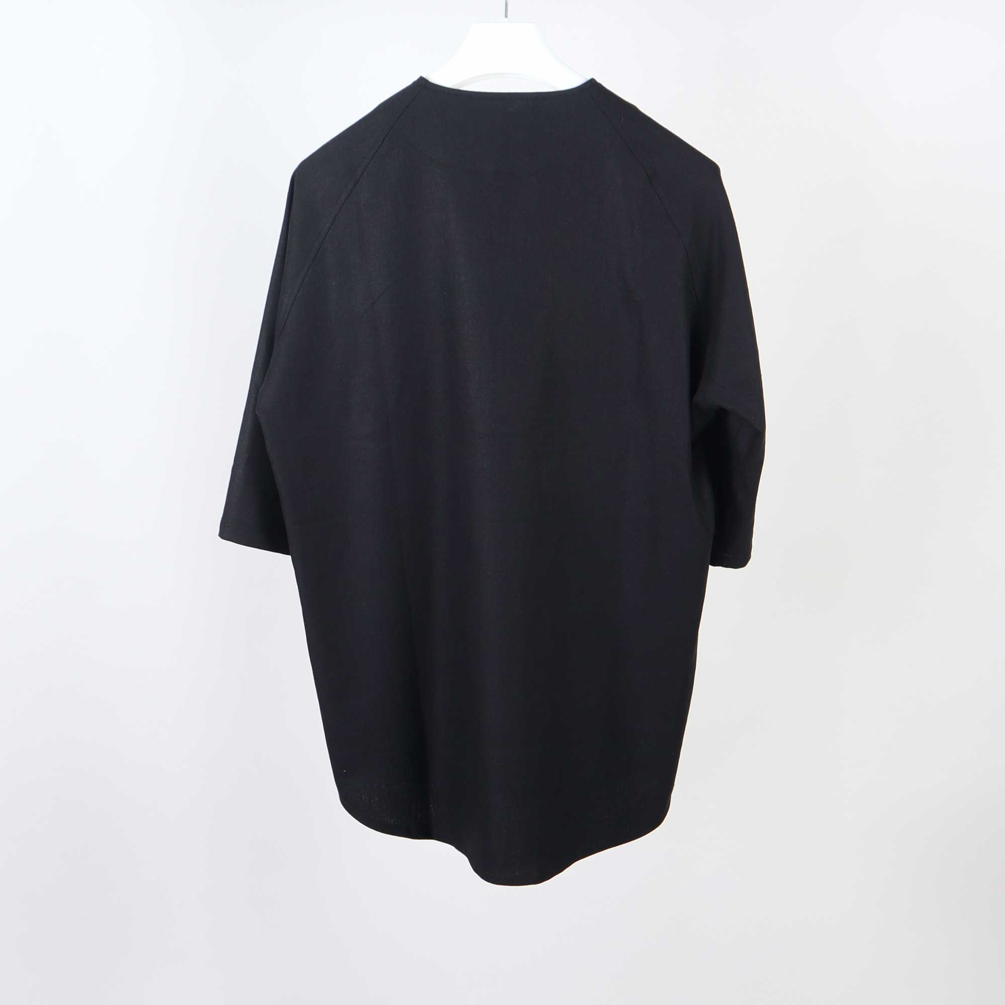 raglan-black-6