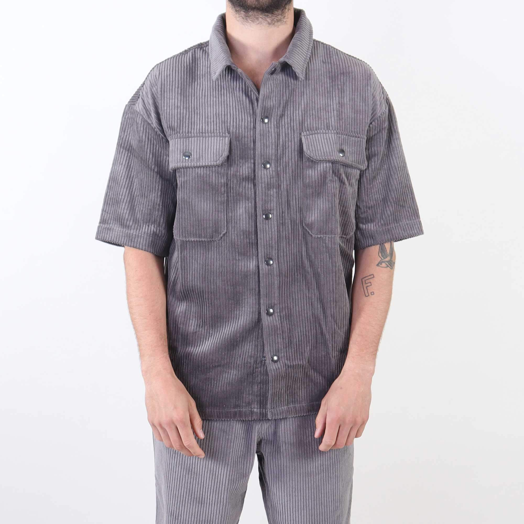short-sleeve-grijs-2