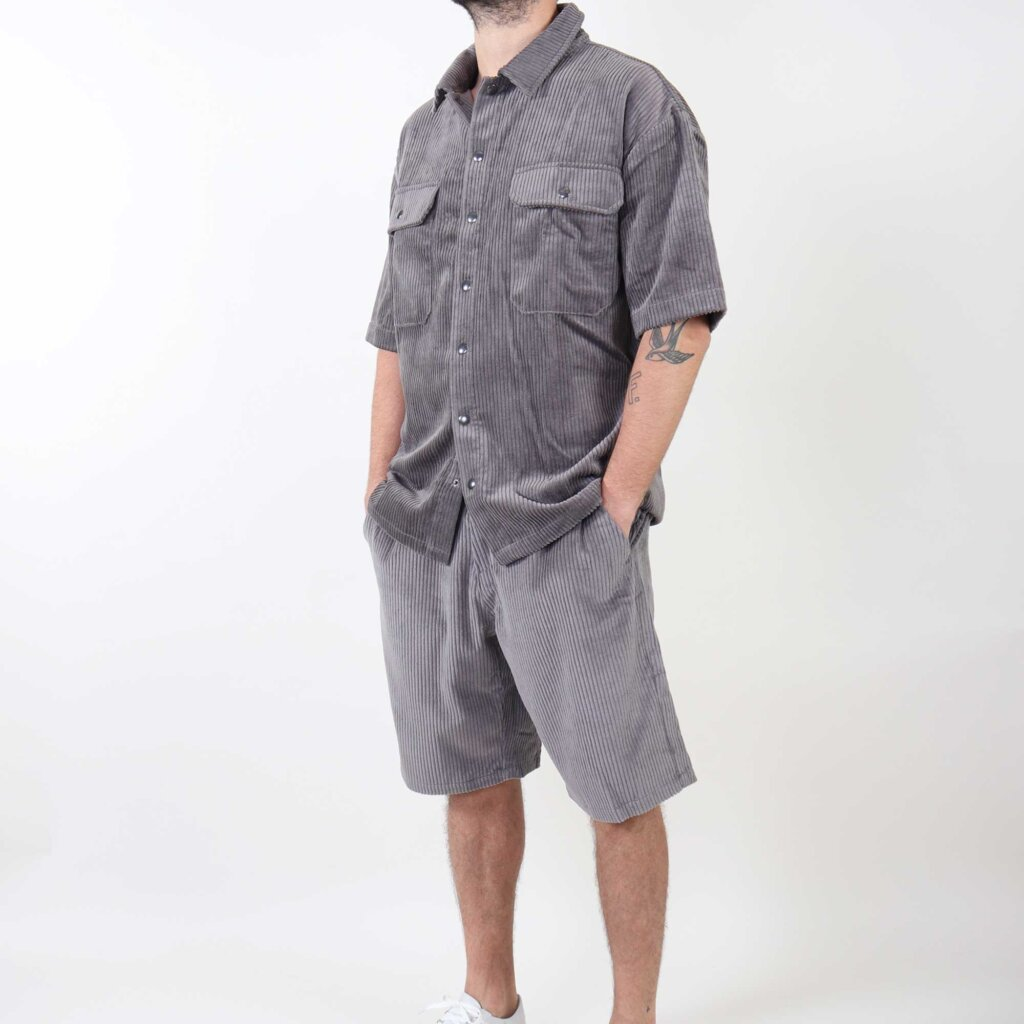 short-sleeve-grijs-3