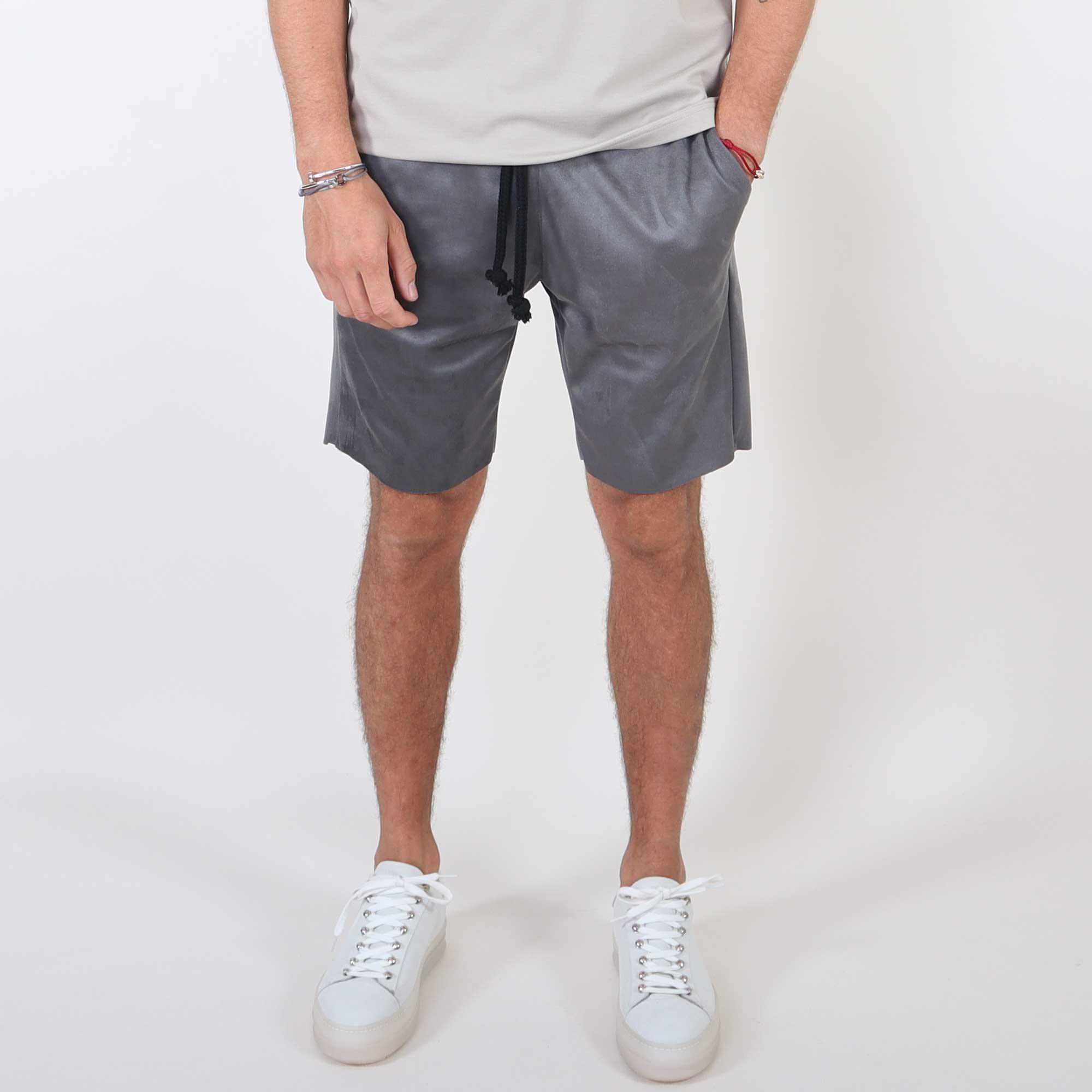 suede-short-grey-2