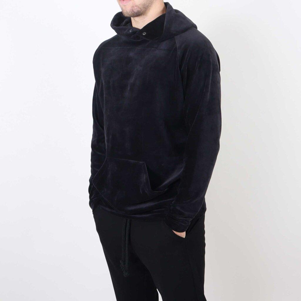 velvet-hoody-zwart-2