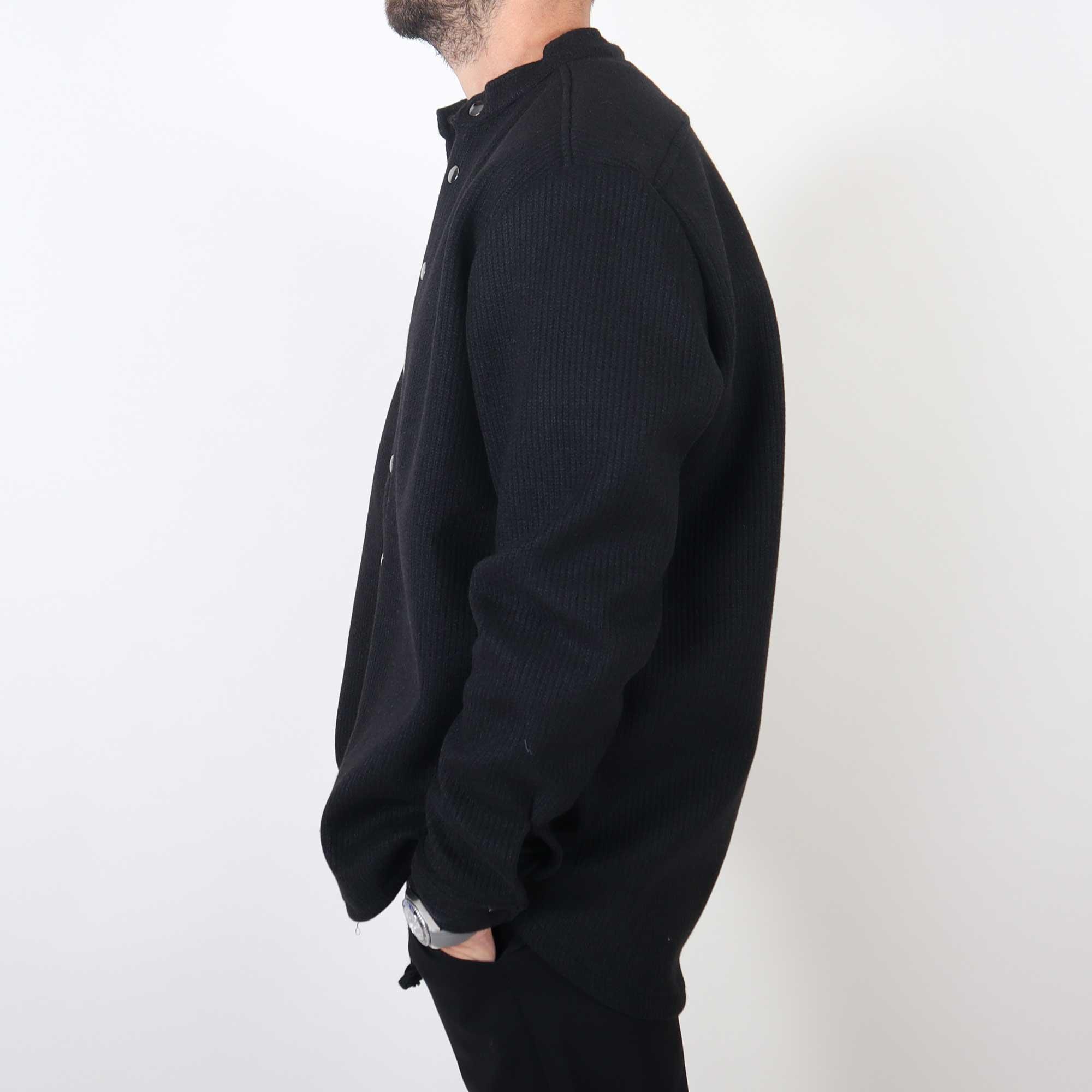winter-black-2